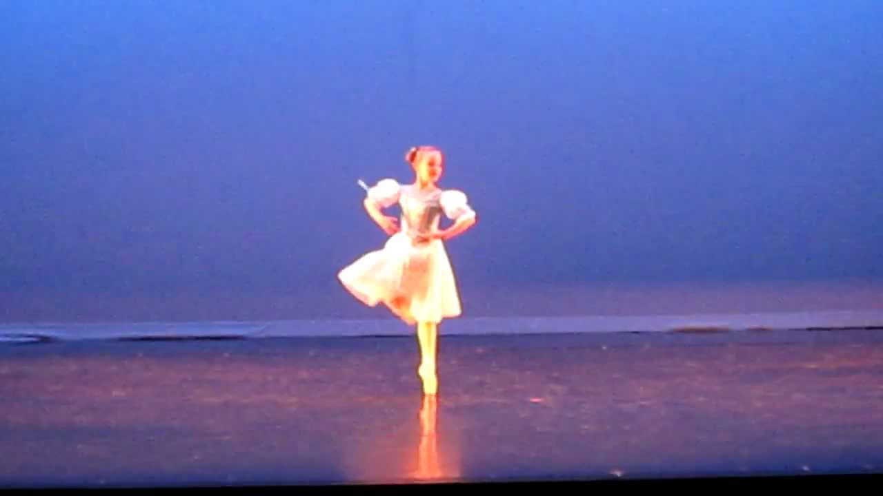 7 year old giselle ballet rehearsal first year on pointe