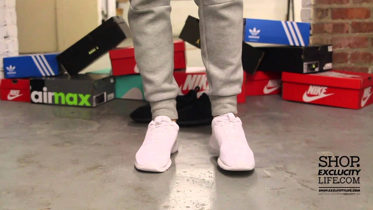 78d3af227534 Nike Rosherun White - White On-feet Video at Exclucity - YouTube
