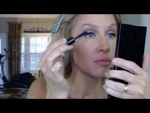 winged liner tom ford cocoa mirage tutorial youtube. Black Bedroom Furniture Sets. Home Design Ideas