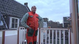Гигантский кролик великан в центре Амстердама BRIGADA1.LV ВЛАДИМИР ВОЛОШИН