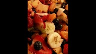 Kick'n It Kosher: Episode 13 - Rainbow Fruit Salad