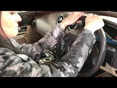 Loja de carros Yogi car  ( Jaguar XJ )
