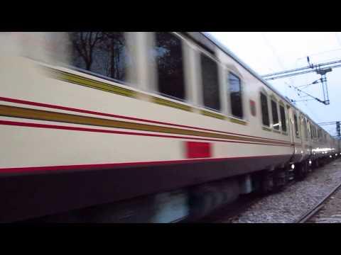 EXPERIENCE LUXURY OF INDIAN RAILWAYS PALACE ON WHEELS - The Luxury Tourist Train Of India !