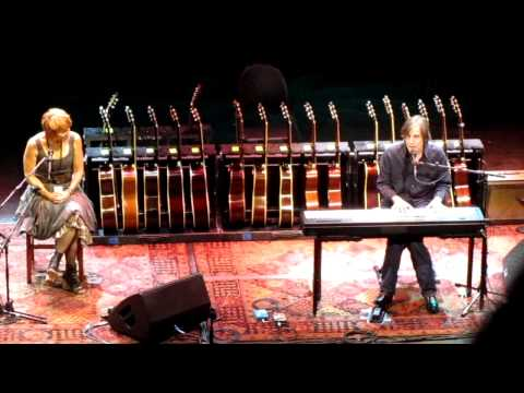 Jackson Browne at ACL LIve Austin TX   5 13 11   Jackson Brown with Shawn Colvin   Mohammeds Radio   MVI 3467