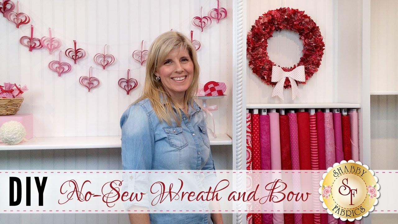 DIY No-Sew Wreath & Bow | a Shabby Fabrics DIY Craft ...