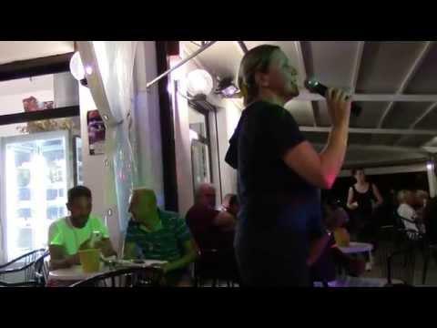 Gelateria CALIPSHO Lido di Classe(RA) - Karaoke con Enrico - 9 Luglio 2015 ASCANTA