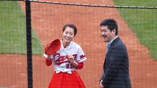 カープのオープン戦を見に行ったら、始球式に、前田敦子さんが登場。 や...
