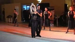 Tango Desfile Show Mimi Pinzon by Viviana Laguzzi