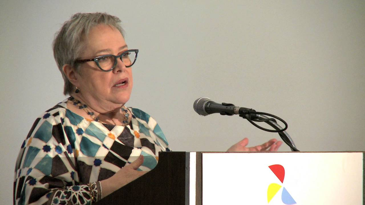 Kathy Bates Tells Scientists What It's Like to Live with ...