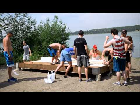 Time-lapse of party barge construction