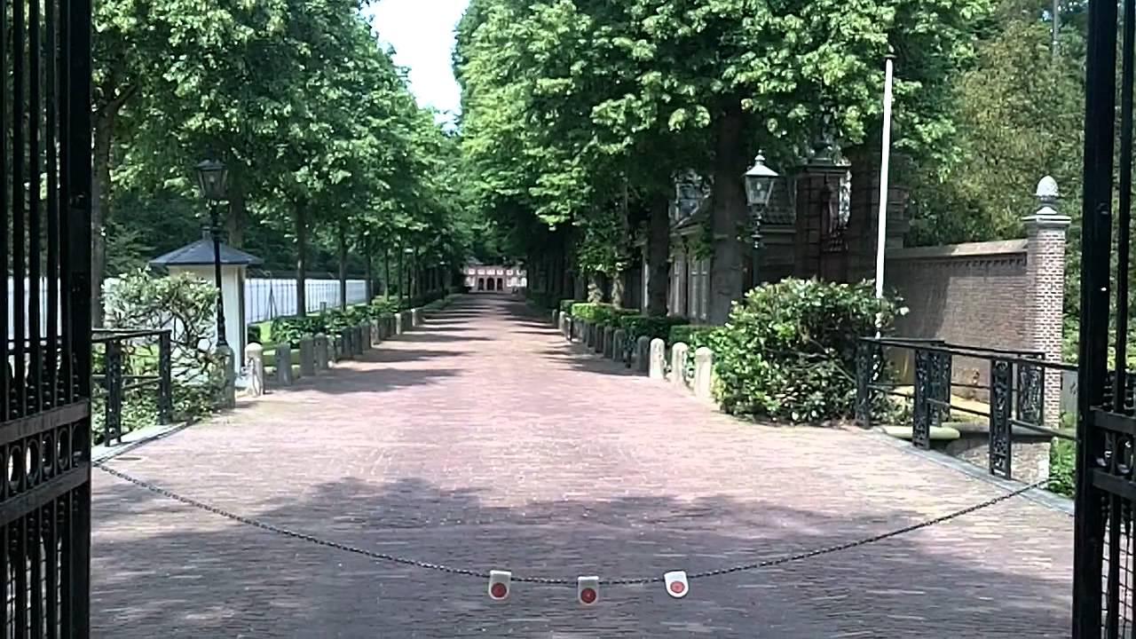 Huis ten bosch den haag voor ingang youtube for Huis ten bosch hague