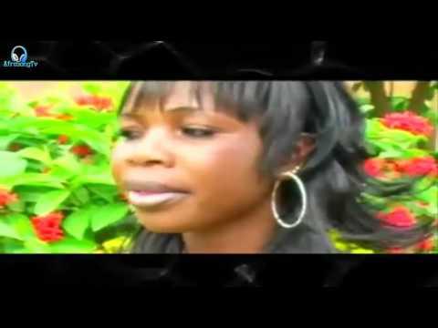 Awa Nadia - Nonga 【Clip Officiel】
