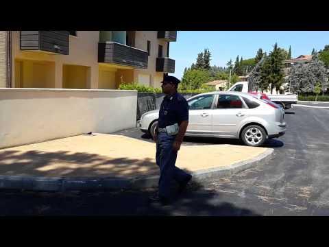 Polizia Assisi arresta scippatore a Bastia Umbra Gruppo Editoriale UmbriaJournal