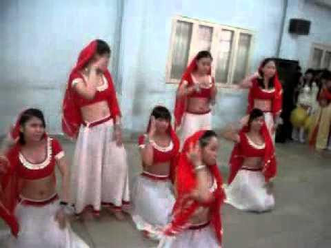 Múa Ấn Độ, lớp 08A1, Khoa Ngoại Ngữ