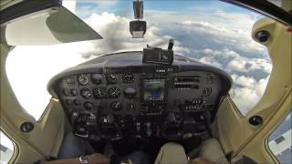 Cessna Skylane at 19,000ft - cockpit video - must see!