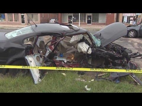 Teen killed in head-on crash on Dixwell Ave. in Hamden