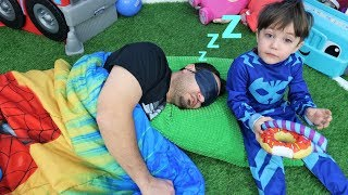 Don't Wake Daddy In real Life Challenge with Zack!