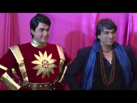Mukesh Khanna Unveils His 'Shaktimaan' Wax...