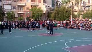 Giannis and Thanasis Antetokounmpo at tritonas playground