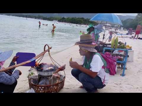 Thai BBQ Street Food on Chaweng Beach – Koh Samui – Thailand