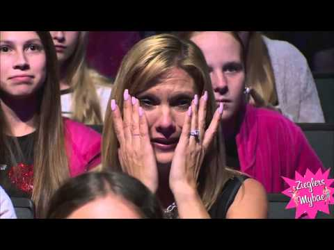 Dance Moms - Mackenzie beats Maddie (Season 5.5 Episode 2)