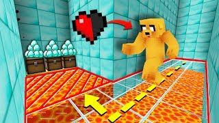 2 NOOBS ARE TROLLING TO HALF HEART IN TRAPS TO WIN! 😆 MAP MINECRAFT PARKOUR