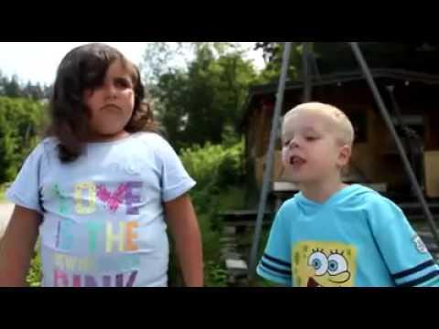 Kleiner Junge Ruft Nee Youtube