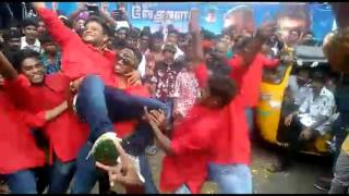 vedhalam aaluma doluma dance performance by cine dancers who dance in the song brindha theatre