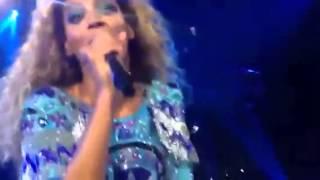 Melbourne teacher Serenades Beyoncé. MRS CARTER WORLD TOUR