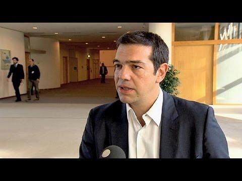 Tsipras Brüksel'de Yunan hükümetini eleştirdi