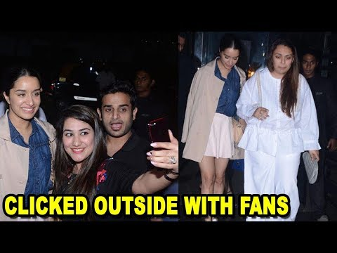 Shraddha Kapoor Spotted Clicked Outside With Fans At Restaurant | Bollywood News 2017