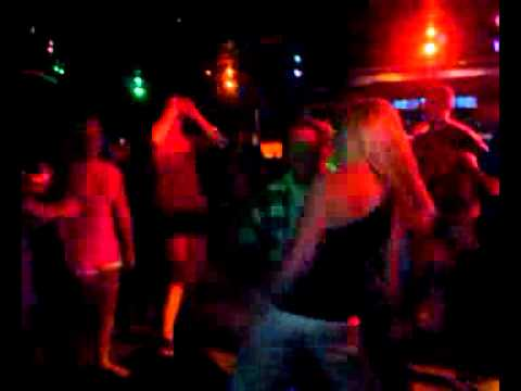 how to dance better at clubs