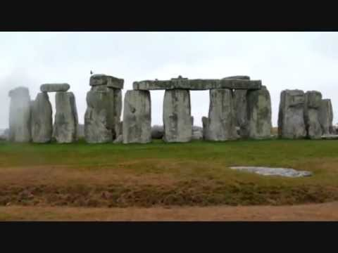 Stonehenge,  prehistoric monument in Wiltshire, England,