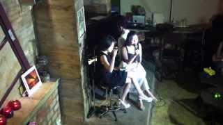 [Live] Chia Đôi - Thanh Ngọc ft. Ngô Quỳnh Anh (Rhapsody Cafe 15.08.2013)