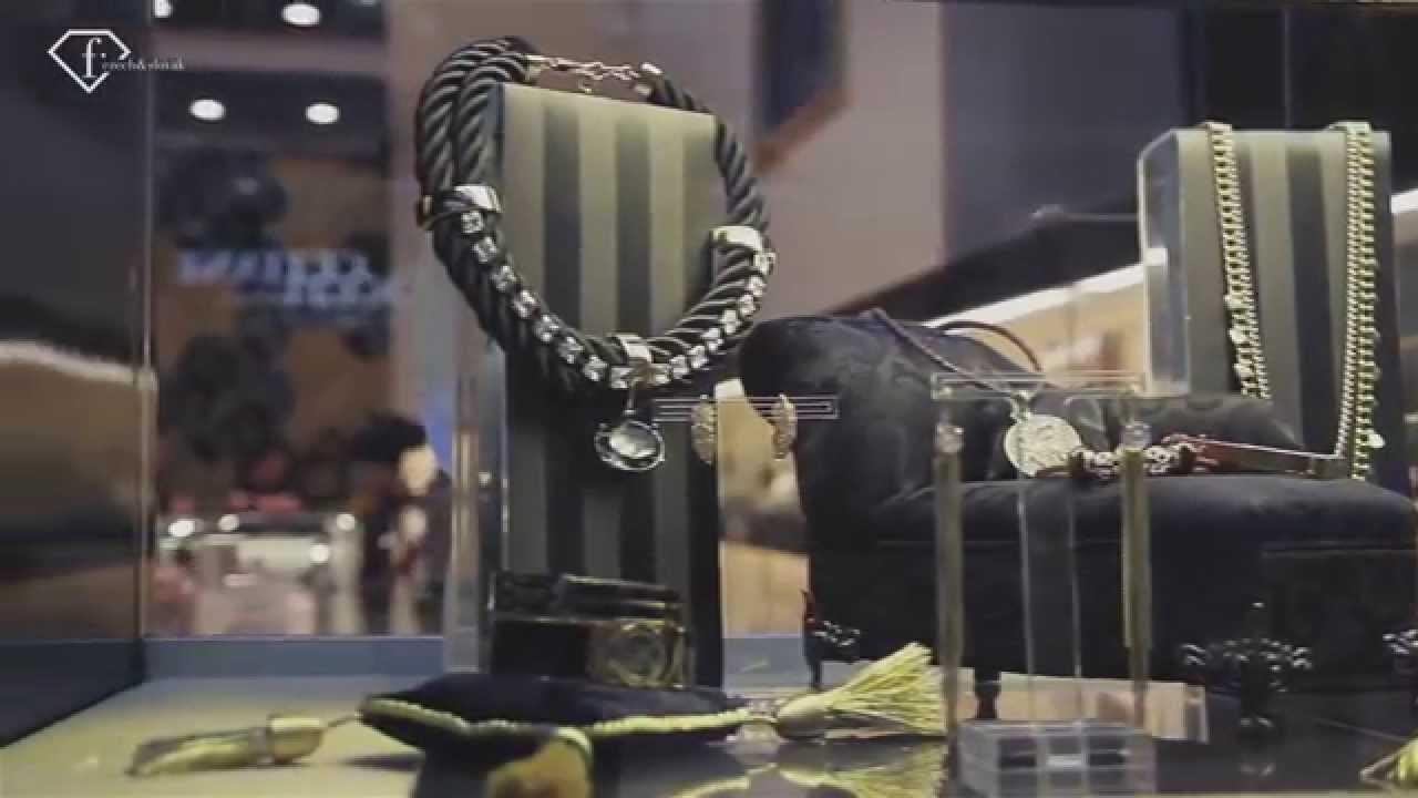 Moloko vo FashionTV Luxury Guide Christmas - YouTube 90f3e7a8f42