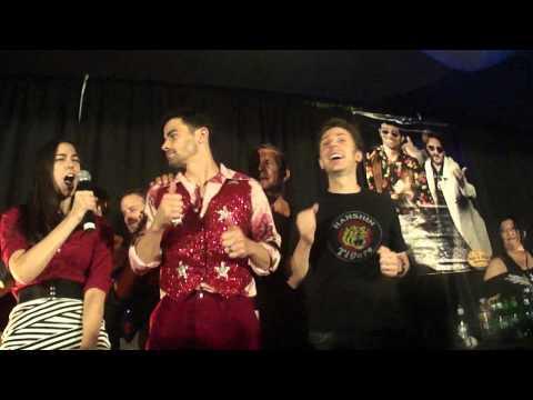 Dallas Con 2012: Don't Stop Believin' Karaoke