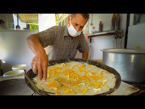 Dubai Street Food - ARABIC EGG BREAKFAST + Indian Food! GOLD MARKET and Old Dubai Street Food!