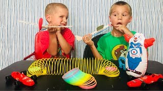 Kids Review Old School Retro Toys!