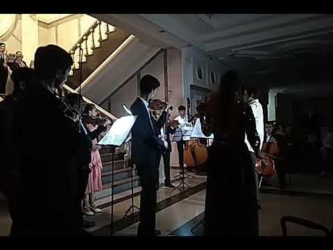 25 симфония Моцарта. Оркестр Consonsnza, Дирижёр Кирилл Чахлов