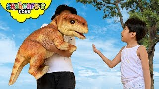 We found a BABY BRONTOSAURUS! Skyheart Toys Lala Dinosaurs for kids toys