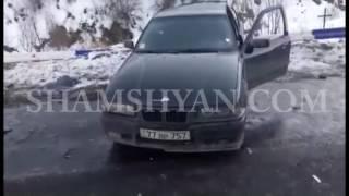 Խոշոր ավտովթար Դիլիջանի թունելի հարևանությամբ  բախվել են Samand ն ու BMW ն  կա 8 վիրավոր