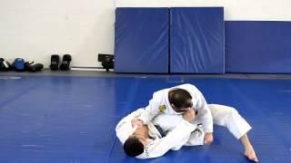FREE BJJ Technique –  (Guard Pass) Re-Centering When Opponent Defends off Knee Cut
