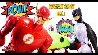 - БЭТМЕН и ФЛЭШ представляют Бэтмен шоу 2 выпуск Супергерои в реальной жизни Видео для детей