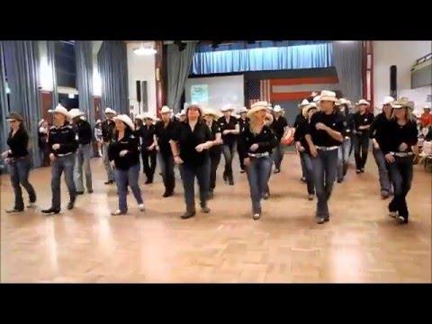 Auftritt ACDC in Neudörfl, Line Dance Roll On