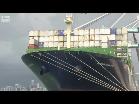 Maersk Shanghai, el buque más grande de carga que atraca en el Puerto de Miami