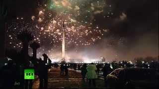 Праздничный салют в честь включения Крыма в состав России в Москве
