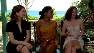 Interview with léa seydoux, ana de armas and naomie harris, in goldeneye (jamaica) at the official announcement of bond 25.for more info on 25:https://j...