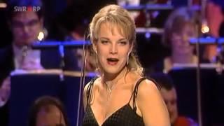 Elina Garanca L 39 Amour Est Un Oiseau Rebelle Habanera Carmen Georges Bizet