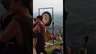 Glastonbury tor summer solstice 2017(1)