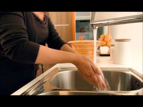 Kök Culimar : Culimar visar hur lätt allt blir med servo drive från blum del